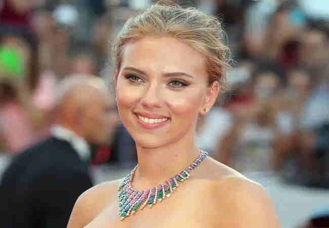 Scarlett Johansson Bir Cilt Bakım Markası Başlatıyor.