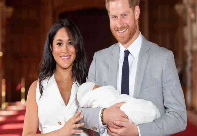 Meghan ve Prens Harry Seker Bebeyin ilk fotoğrafları
