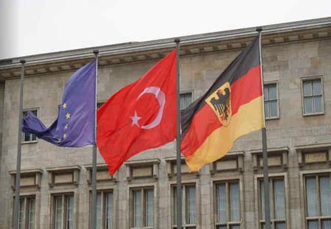 Türkleri vergi dairesinden gelen mektuplar tehdit ediyor