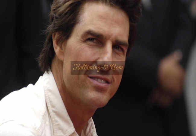 Tom Cruise bütün bir yolcu gemisini kiralardi