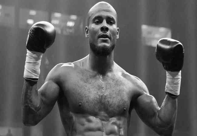 Dünya boks Sampiyonu Chris Eubank'ın oglu Dubai'de Bogularak öldü