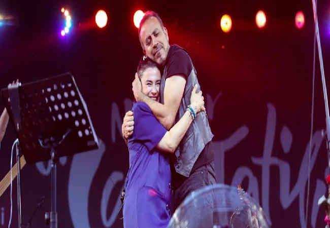 Konserde Haluk Ceylan ve Nilüfer Sürprizi.
