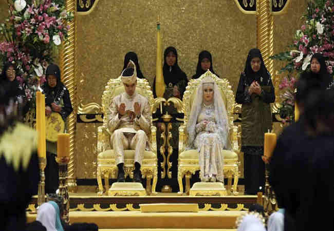 1001 geceden itibaren düğün yapildi