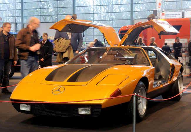 Mercedes C111 50 yıl önce tanıtılan spor Arabasi