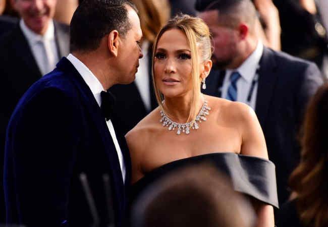 Jennifer Lopez ayrılık yok mu? Söylentilere yorum yapti