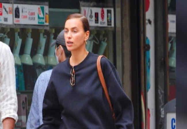 Irina Shayk: New York'ta sadece iç çamasriyla geziyordu