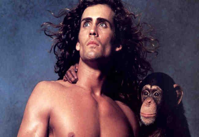 Ormanlar Krali Tarzan uçak kazasında öldü
