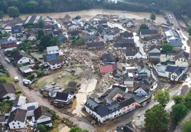 Almanya'nin Rheinland-Pfalz'da yüzyılın selinde en az 140 ölü. Dünyadan haberler