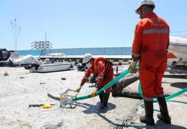 Marmara Denizi'nde Deniz salyası temizliği başlatildı. Güncel haberler
